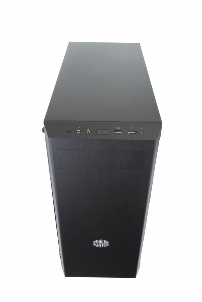masterbox MB600L front
