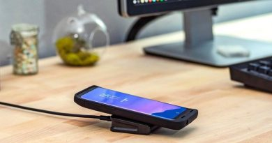 Mophie-Charge-Stream-Wireless-Charging-Travel-Kit