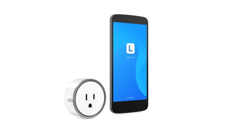 Smart_Plug_Hero_With_Phone